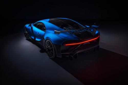 Bugatti Chiron Pur Sport (2020) - picture 9 of 15