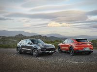 thumbnail image of 2020 Porsche Cayenne Coupe