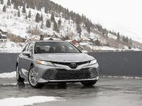 2020 Toyota Camry XLE, 2 of 7