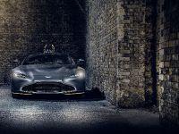 2021 Aston Martin Vantage 007 Edition, 15 of 28
