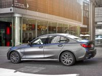 2021 BMW 3 330e xDrive , 3 of 7
