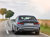 thumbnail image of 2021 BMW 3 330e xDrive