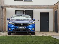 2021 Dacia Sandero, 2 of 12
