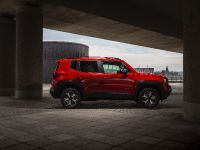 2021 Jeep Renegade 4xe Limited, 10 of 19
