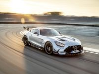 2021 Mercedes-AMG GT Black Series, 3 of 13