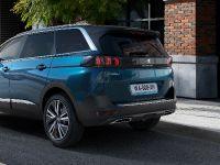 2021 PEUGEOT 5008 SUV, 16 of 34