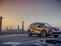 2021 Renault Captur PHEV, 1 of 12