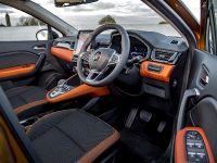 2021 Renault Captur PHEV, 8 of 12