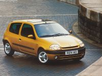 2021 Renault Clio 30 years, 4 of 19