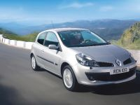 2021 Renault Clio 30 years, 12 of 19