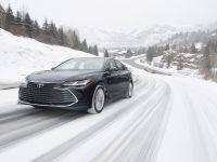 2021 Toyota Avalon AWD , 2 of 6