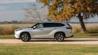 2022 Toyota Highlander Hybrid-Only Bronze Edition, 12 of 36