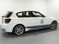 Abu Dhabi BMW 1-Series M135i, 6 of 11