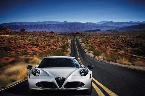2013 Geneva Motor Show: Alfa Romeo 4C Launch Edition - начало
