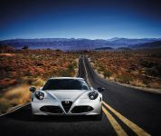 Alfa Romeo 4C Launch Edition, 1 of 5