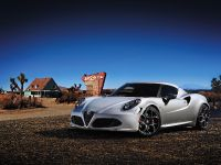 Alfa Romeo 4C Launch Edition, 2 of 5