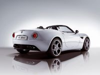 Alfa Romeo 8C Spider, 2 of 3