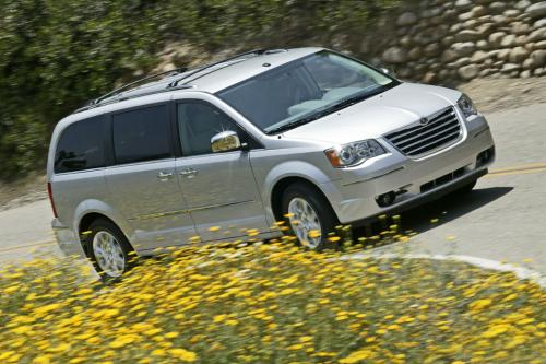 Новый 2008 Chrysler Town & Country и Dodge Grand Caravan заработать Top Safety Ratings
