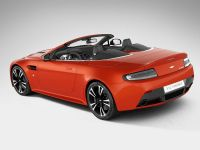Aston Martin V12 Vantage Roadster, 4 of 26