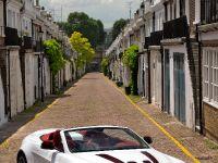 Aston Martin V12 Vantage Roadster, 6 of 26