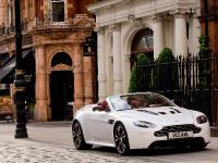 Aston Martin V12 Vantage Roadster, 7 of 26