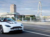 Aston Martin V12 Vantage Roadster, 8 of 26