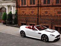 thumbnail image of Aston Martin V12 Vantage Roadster
