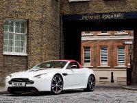 Aston Martin V12 Vantage Roadster, 11 of 26