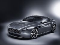 Aston Martin V12 Vantage, 1 of 4