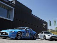 Aston Martin V12 Vantage, 4 of 4