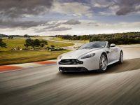Aston Martin V8 Vantage S, 2 of 3
