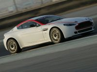 Aston Martin Vantage GT4, 3 of 6