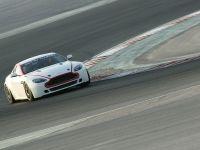 Aston Martin Vantage GT4, 4 of 6