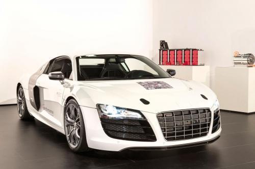 Audi F12 прототип или R8 с 204HP