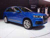 thumbnail image of Audi Q7 Detroit 2015