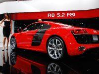 thumbnail image of Audi R8 5.2 FSI Detroit 2009