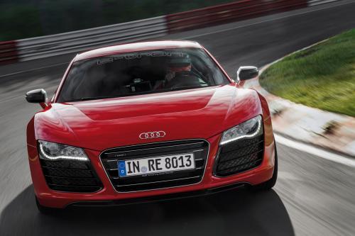 Audi R8 e-Tron устанавливает мировой рекорд на Нордшляйфе