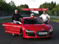 Audi R8 e-tron Nurburgring Record, 16 of 20