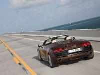 Audi R8 Spyder 5.2 FSI quattro, 28 of 36