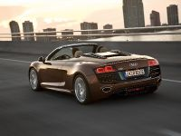 Audi R8 Spyder 5.2 FSI quattro, 30 of 36