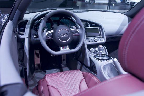 Audi R8 Spyder Moscow
