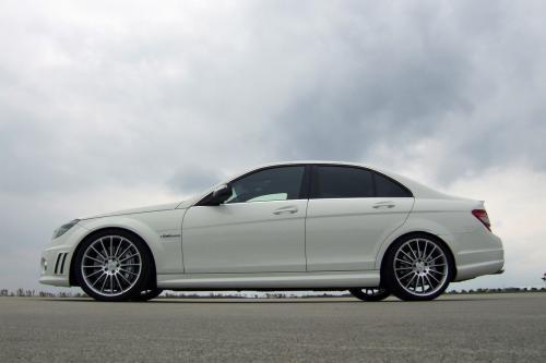AVUS PERFORMANCE Mercedes-Benz C63 AMG - волк в овечьей шкуре
