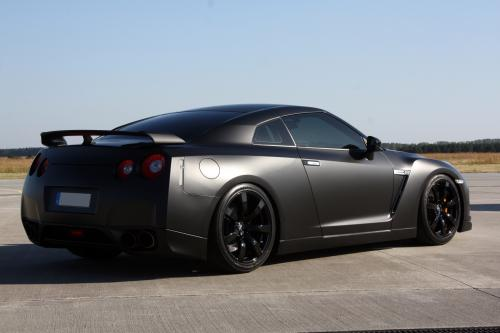 AVUS PERFORMANCE Nissan GT-R - Batmobile Reloaded
