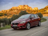 BMW 220d xDrive Active Tourer, 1 of 12