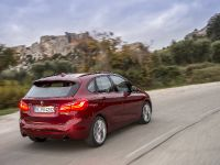 BMW 220d xDrive Active Tourer, 4 of 12