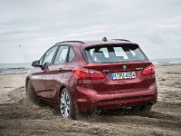 BMW 220d xDrive Active Tourer, 8 of 12