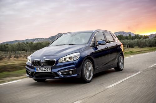 BMW 225i XDrive – Active tourer – Фотографии автомобиля