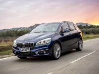 BMW 225i xDrive Active Tourer, 1 of 12