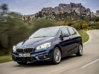BMW 225i xDrive Active Tourer, 3 of 12