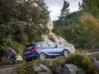 BMW 225i xDrive Active Tourer, 7 of 12